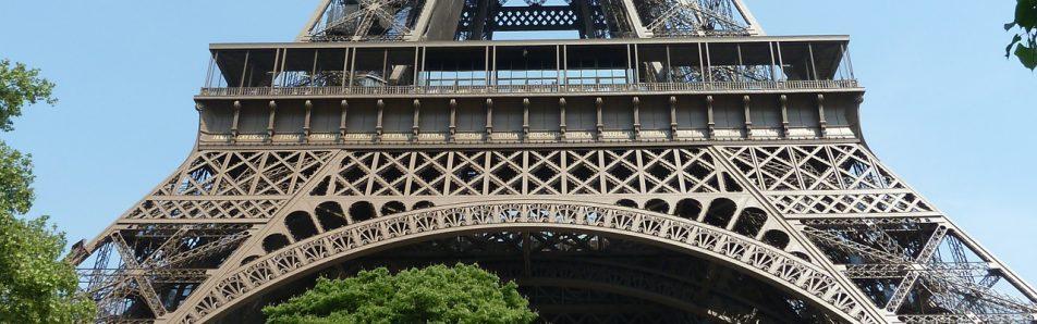 Paris-Hotels-online-buchen-und-Kosten-bei-der-Uebernachtung-einsparen-1280x400-e1469715076329
