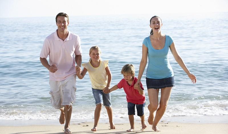 Es kann so einfach sein: Ein Familienhotel am Strand buchen und in Cervia an der Adria wunderschöne Tage mit den Lieben verbringen. (#1)