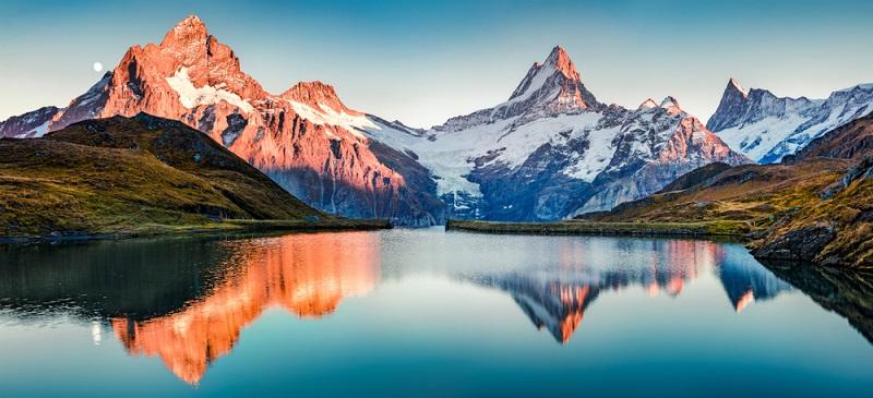 Ein nachhaltiger Tourismus kann zum Beispiel in den Alpen erlebt werden und hier in immer mehr Orten.  ( Foto: Shutterstock-Andrew Mayovskyy )